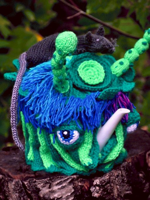1335385909_knitted_monsters_25