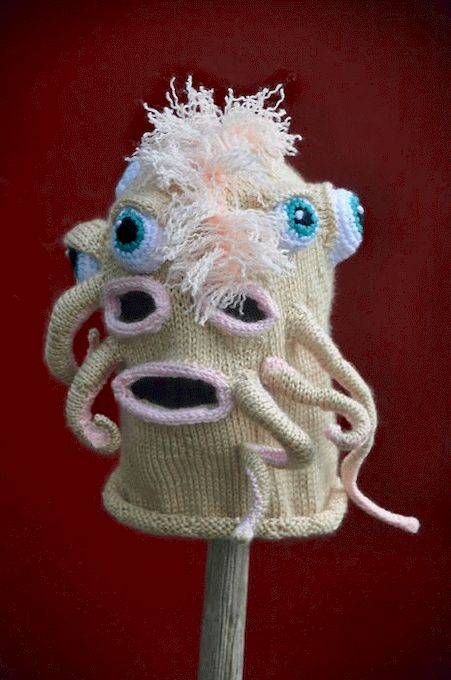 1335385983_knitted_monsters_26