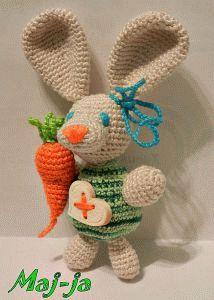 Зайка-огородник-толстячок и лопоушка:) Очень любит морковку и уже порядочное брюшко наел. Для самого любимого малышика-и сердечко,и морковка!Всё забирай! 400 рублей