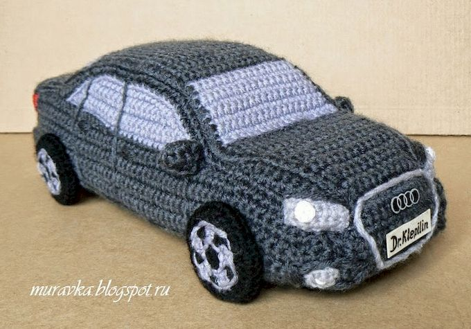 вязаные игрушки: вязаный автомобиль