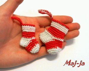 Новогоднее украшение. Носочки крючком.