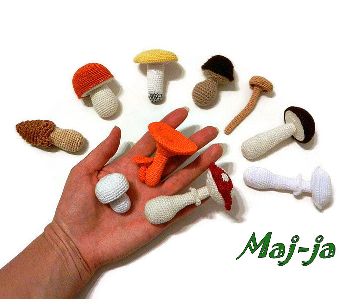 вязаные грибы